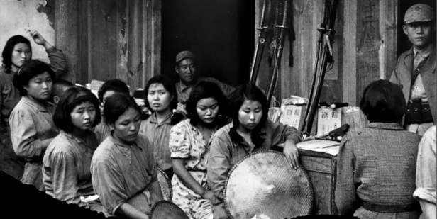 Chinese comfort women with their captors